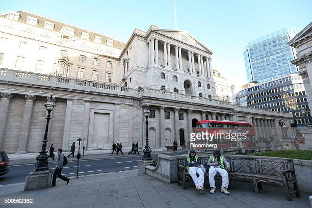 The Bank of England stands in the City of London UK on Wednesday Dec 9 2015 A worsening global outlook will damp UK growth and persuade the Bank of...