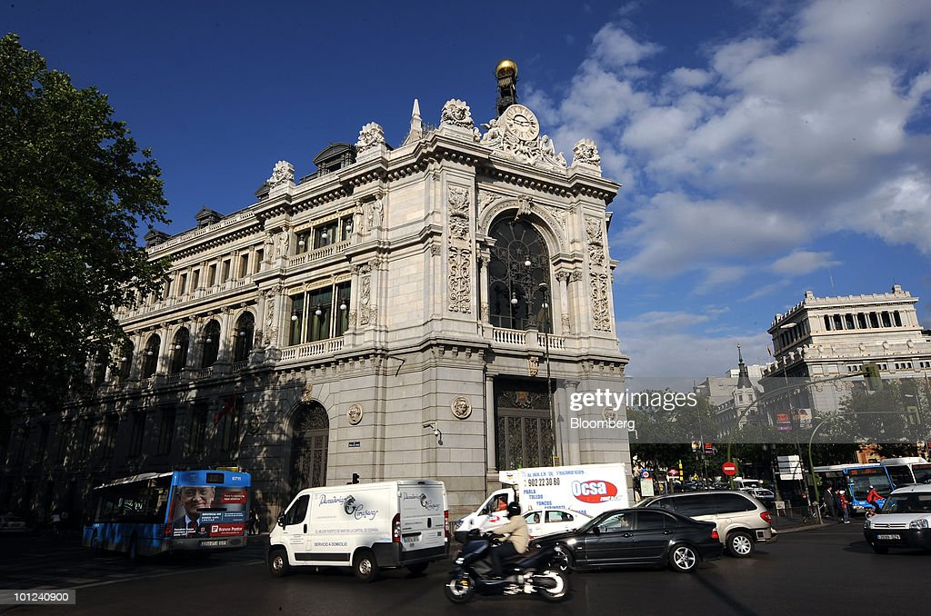 The Bank of Spain stands in Madrid, Spain, on Friday, May 28, 2010. The restructuring of the Spanish savings bank industry can be completed by the end of June, Elena Salgado, Spain's economy minister, said today in Madrid. Photographer: Denis Doyle/Bloomberg via Getty Images