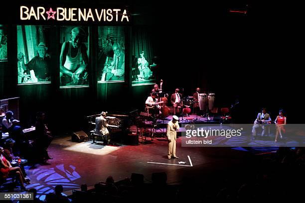 The Bar at Buena Vista Besetzung Toby Gough Sänger Reynaldo Creagh Julio Alberto Fernández Siomara Avilia Valdes Lescay Luis Chacón 'Aspirina'...