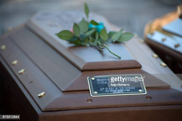 The bar of Osaro Osato one of the two victims recognized on which identification plate with the name of the deceased on November 17 2017 in Salerno...