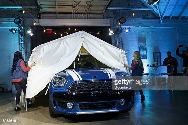 The Bayerische Motoren Werke AG MINI Countryman compact sports utility vehicle is unveiled during an event in Los Angeles California US on Tuesday...