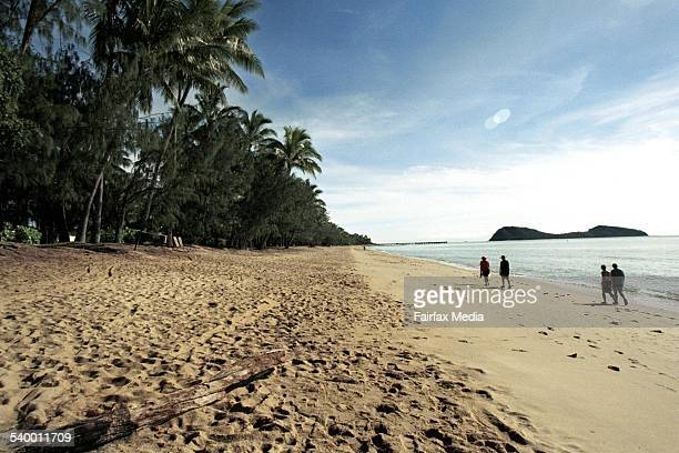 The beach and double island at Palm Cove north of Cairns Queensland 22 May 2003 AFR Picture by ROBERT ROUGH