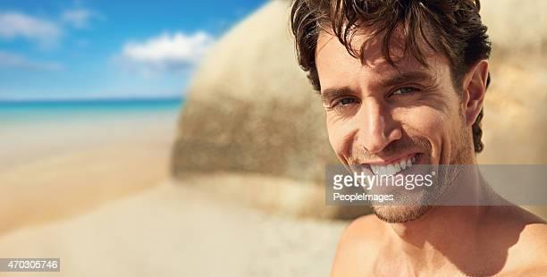 Der Strand ist seine happy place