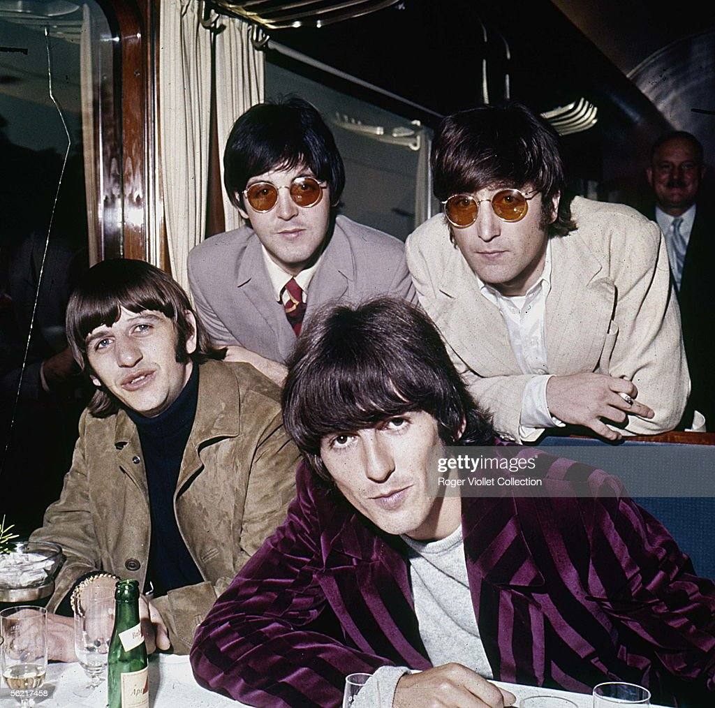 The Beatles, English music group Pop (1962-1970). Standing : Paul MacCartney and John Lennon (1940-1980). Seat : Ringo Starr and George Harrison (1943-2000). August 1966.
