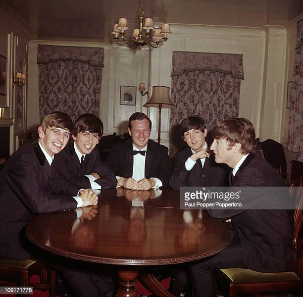 The Beatles with their manager Brian Epstein 1963 From left to right Ringo Starr George Harrison Epstein Paul McCartney and John Lennon