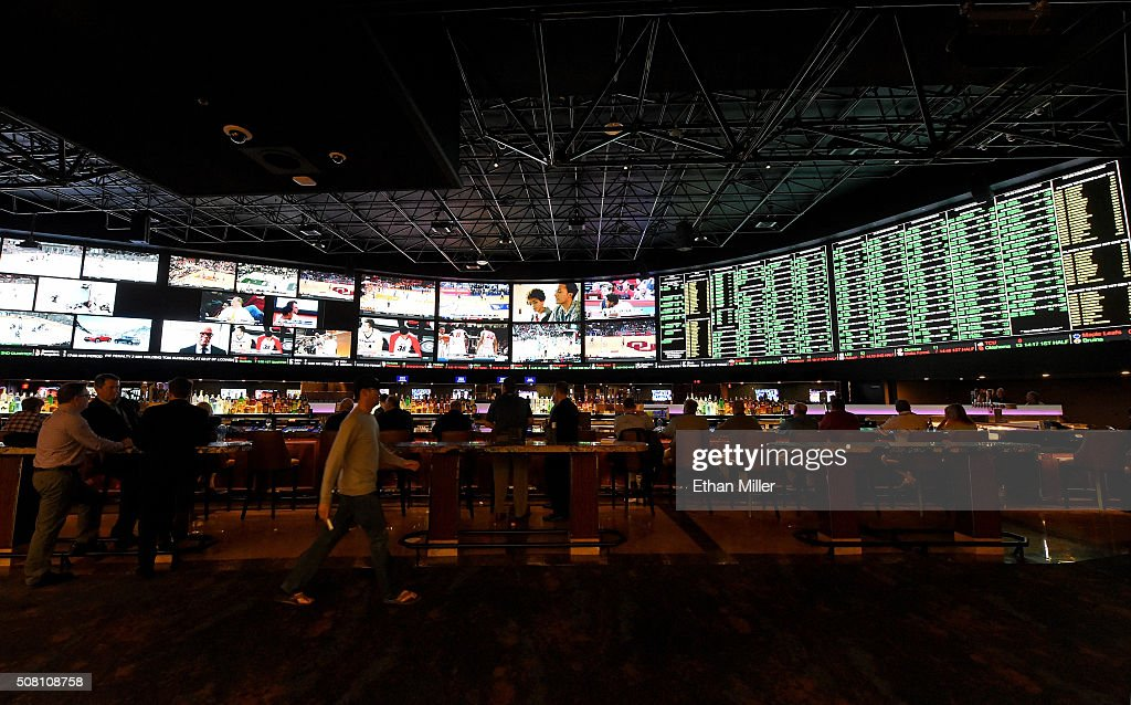 super bowl 50 betting line las vegas