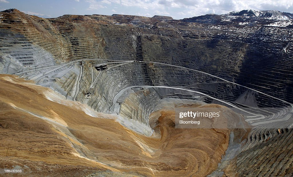 The Bingham Canyon copper mine wall slide is seen in this aerial photograph taken in Bingham Utah US on Friday April 12 2013 The wall slide at Rio...