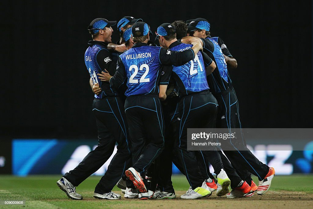 The Black Caps celebrate winning the 3rd One Day International cricket match between the New Zealand Black Caps and Australia at Seddon Park on February 8, 2016 in Hamilton, New Zealand.