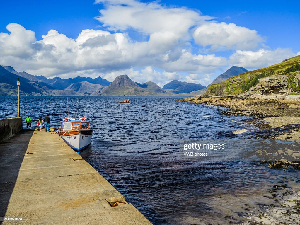 The Black Cuillin from Elgol, Isle of Skye : Foto de stock