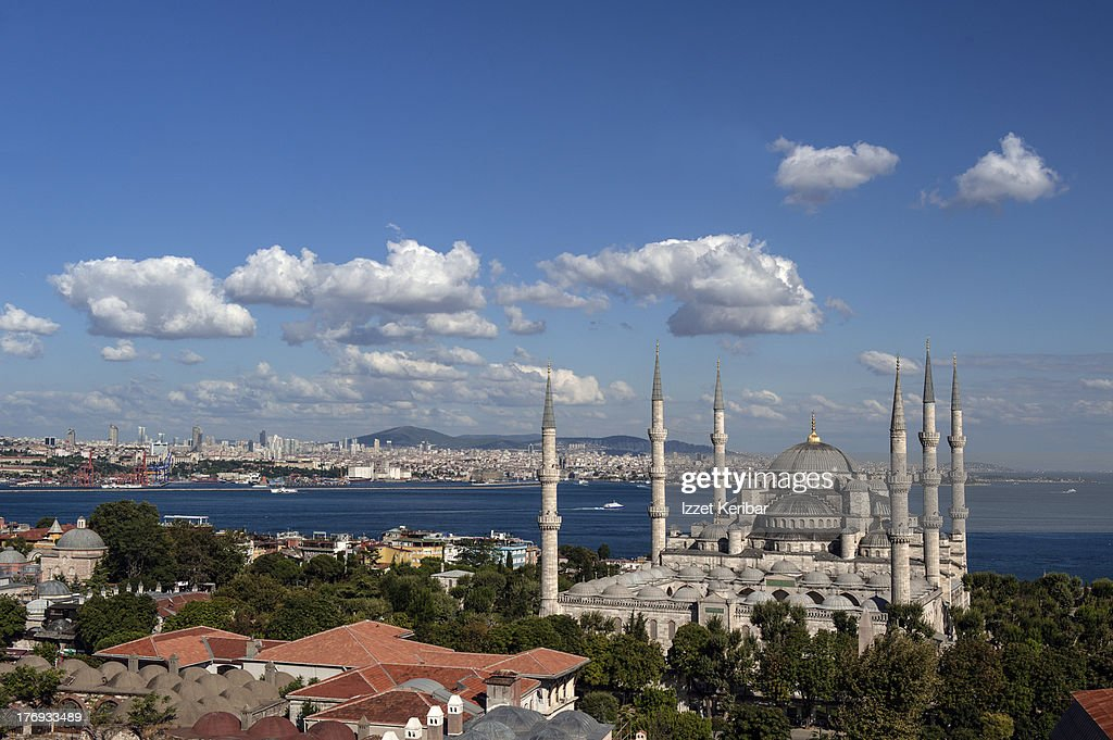 The blue mosque in istanbulturkey stockfoto getty images for Blue istanbul hotel taksim