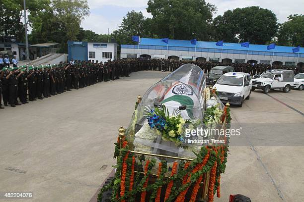 The body of former President of India APJ Abdul Kalam being transported from the airport to his house on July 28 2015 in New Delhi India Kalam who...