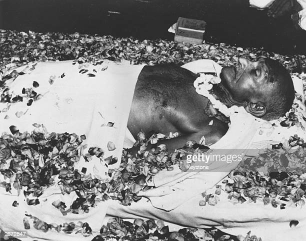 The body of Indian nationalist leader Mahatma Gandhi lying in state at Birla House New Delhi before the funeral cortege leaves for the burning ghats...