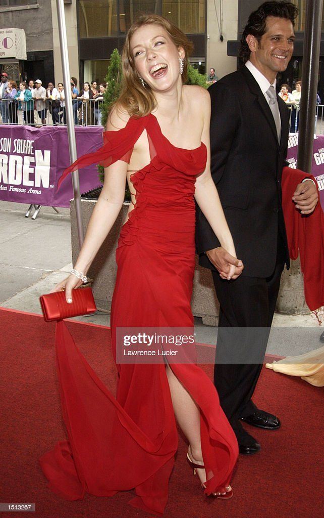 ''The Bold and the Beautiful'' actress Jennifer Finnigan arrives on May 17 2002 for the 29th Annual Daytime Emmy Awards at Madison Square Gardens''...