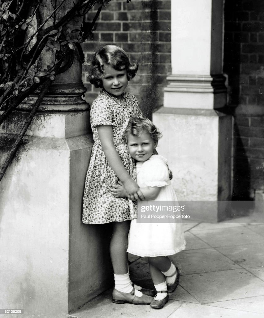The Book, Volume 1, Page, 28, Picture, 1, 12th August 1932, A picture of a young Princess Elizabeth, later Queen Elizabeth II, and her sister Princess Margaret