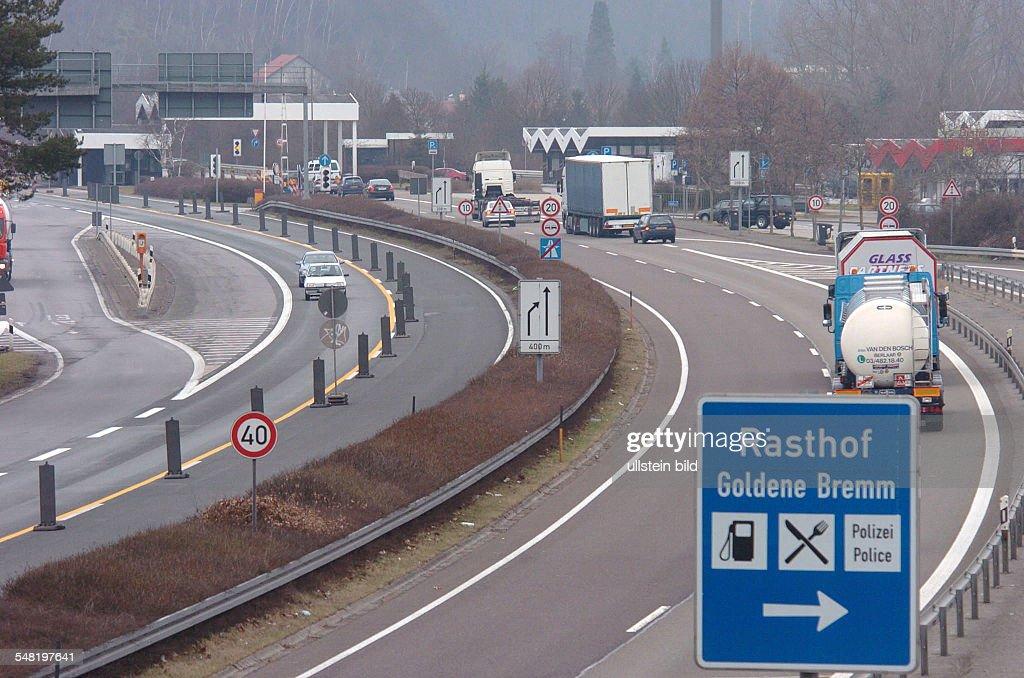 germany france border crossing ile ilgili görsel sonucu