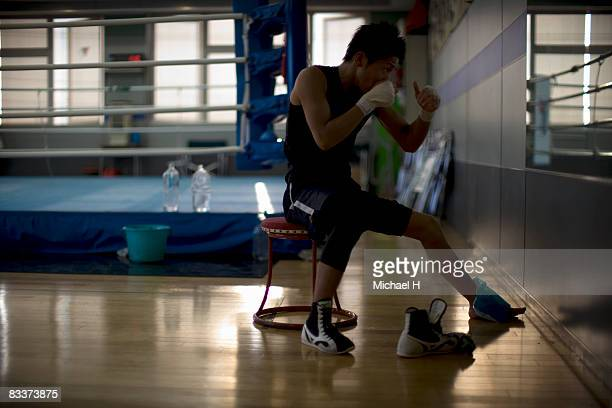 The boxer who was hurt who trains