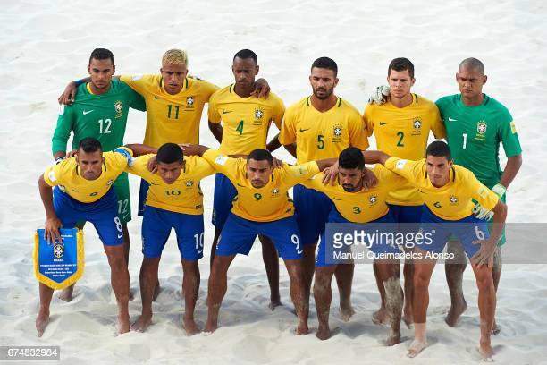 The Brazil team line up for a photo prior to kick off during the FIFA Beach Soccer World Cup Bahamas 2017 group D match between Brazil and Tahiti at...
