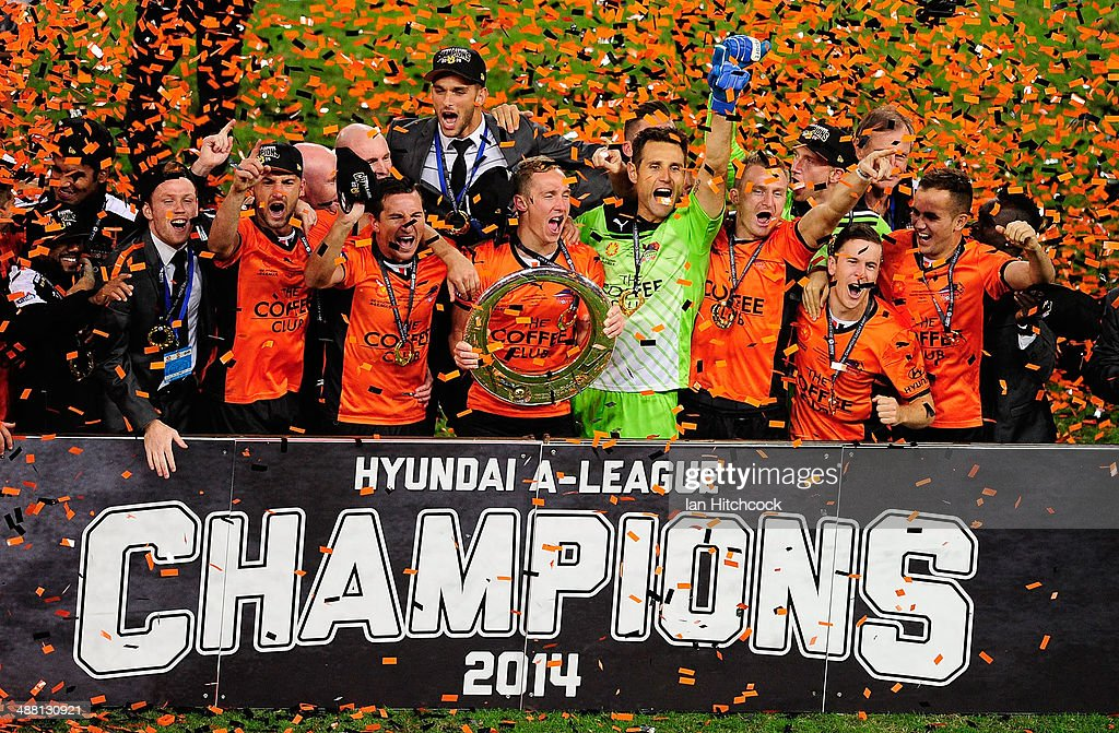 The Brisbane Roar celebrate after winning the 2014 ALeague Grand Final match between the Brisbane Roar and the Western Sydney Wanderers at Suncorp...