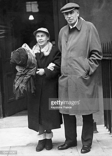 The British economist and writer John Maynard KEYNES in London with his wife Lydia LOPOKOVA on December 17 1945