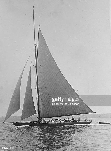 The British yacht 'Shamrock V' property of sir Thomas Lipton built to take part in America's cup of 1930
