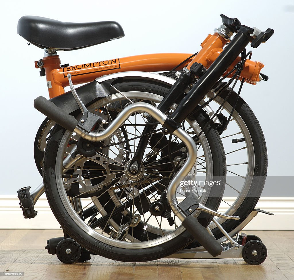 The Brompton foldable bicycle At Curbside Cycle