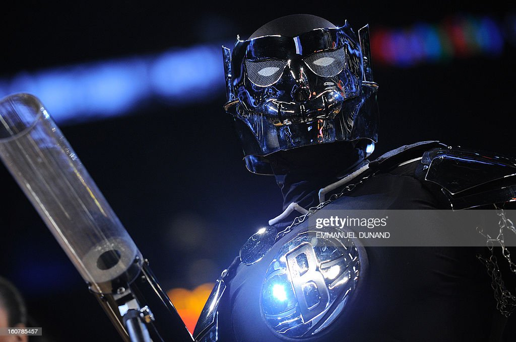 The Brooklyn Nets mascot the Brooklyn Knight performs during a a game between the Nets and the Los Angeles Lakers at the Barclays Center in the Brooklyn borough of New York City, February 5, 2013. AFP PHOTO/Emmanuel Dunand