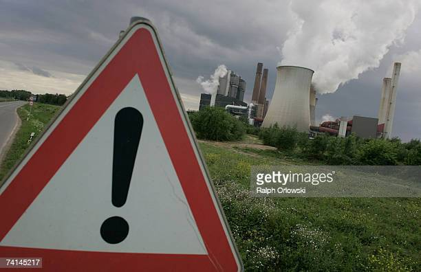 The brown coal conducted thermal power station 'Weisweiler' of German energy giant RWE AG spews smoke on May 12 2007 in Eschweiler near Aachen...