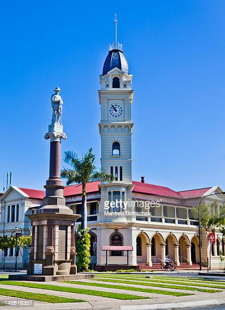 The Bundaberg Post Office and clock tower with war memorial.