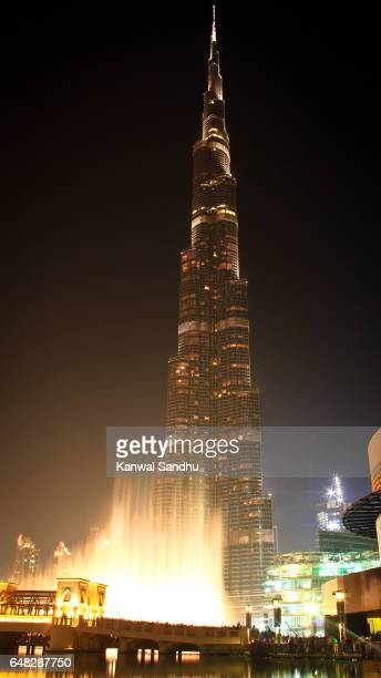 The Burj Khalifa with rising waters from the Dubai Fountain in front
