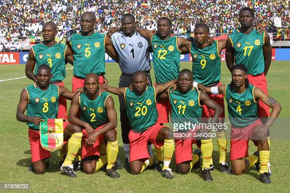 The Cameroonese national soccer team poses 10 February 2002 in Bamako before the start of the final match against Senegal counting for the XXIIIrd...