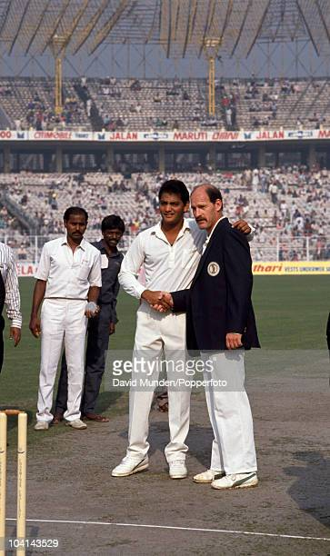The captain of India Mohammed Azharuddin welcomes Clive Rice of South Africa before the coin toss prior to South Africa's first ever one day...