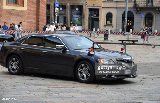 The car of King WillemAlexander and Queen Maxima of The Netherlands leaves for the visit at the Cenacolo Vinciano in the Refectory of the Convent of...