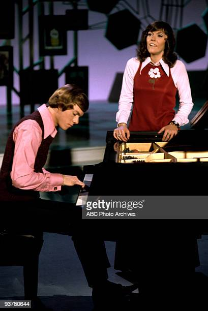 YOUNG The Carpenters June 1 1973 In this ABCTV special actor Robert Young is joined by popular performers to spend time with a group of children in...
