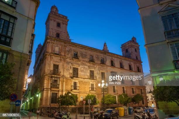 The casa de las cuatro torres a former palatial house which is located on the edge of the Plaza de EspaÐa in Càdiz It was originally built by wealthy...