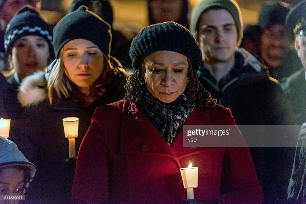 D 'The Cases That Need to Be Solved' Episode 316 Pictured Sophia Bush as Erin Lindsay S Epatha Merkerson as Sharon Goodwin