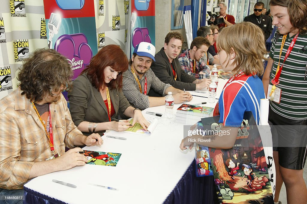 ANIMATION - The cast and creative teams from Disney Channel's 'Gravity Falls,' 'Fish Hooks' and 'Wander Over Yonder' participate in an autograph signing at Comic-Con International in San Diego, Calif. (July 14). CRAIG MCCRACKEN (CREATOR, 'WANDER OVER YONDER'), LAUREN FAUST (CO-PRODUCER, 'WANDER OVER YONDER'), JASON RITTER, MICHAEL RIANDA (CREATIVE DIRECTOR, 'GRAVITY FALLS'), ALEX HIRSCH (CREATOR/EXECUTIVE PRODUCER, 'GRAVITY FALLS'), FANS
