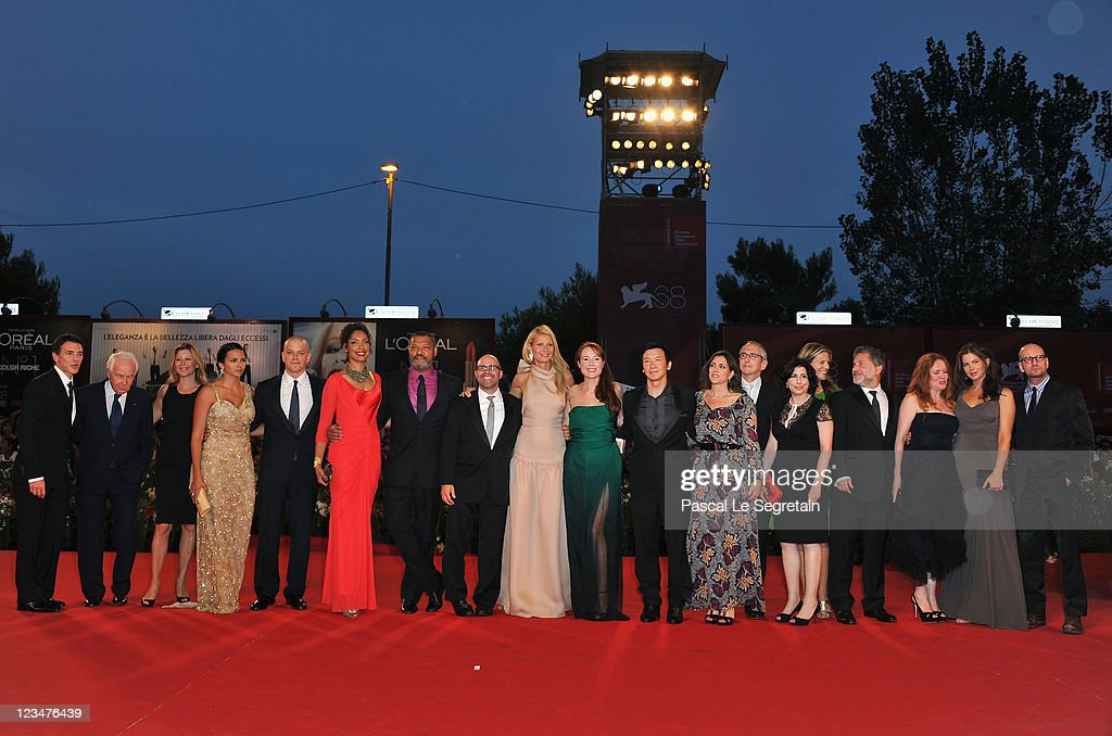The cast and crew attend the 'Contagion' premiere during the 68th Venice Film Festival at Palazzo del Cinema on September 3, 2011 in Venice, Italy.