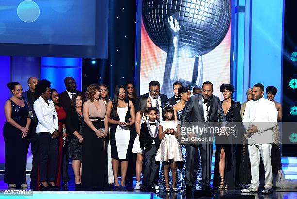 The cast and crew of 'Blackish' accept the Outstanding Comedy Series award onstage during the 47th NAACP Image Awards presented by TV One at Pasadena...