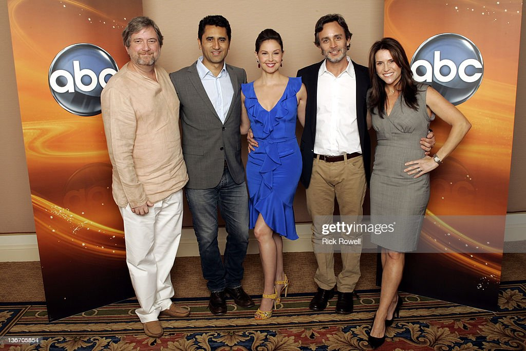 TOUR 2012 - The cast and producers of ABC's 'Missing' posed for a photo op at Disney/ABC Television Group's Winter Press Tour 2012. GREGORY POIRIER (CREATOR/EXECUTIVE PRODUCER), CLIFF CURTIS, ASHLEY JUDD, GRANT SCHARBO (WRITER/EXECUTIVE PRODUCER), GINA