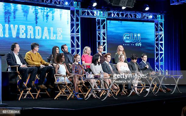 The cast Ashleigh Murry Madelaine Petsch Camila Mendes K J Apa Lili Reinhart Cole Sprouse and Casey Cott back row left to right Jon Coldwater Roberto...
