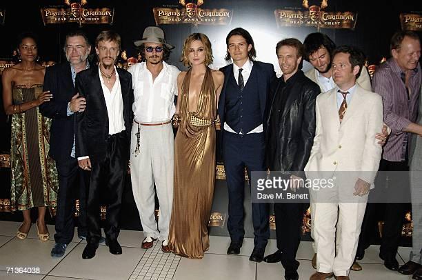The cast including Naomie Harris Kevin McNally Mackenzie Crook Johnny Depp Keira Knightley Orlando Bloom director Jerry Bruckheimer Jack Davenport...