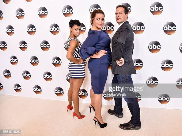 Castmember Diedrich Bader Stock Photos and Pictures ...