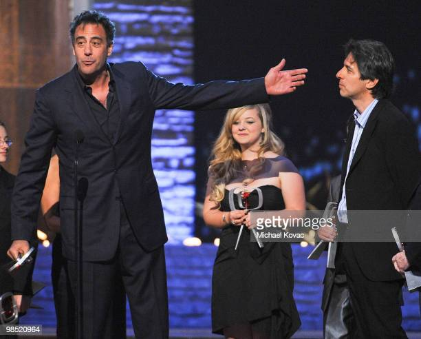 The cast of 'Everybody Loves Raymond' including Brad Garrett Madylin Sweeten and Ray Romano are honored at the 8th Annual TV Land Awards at Sony...
