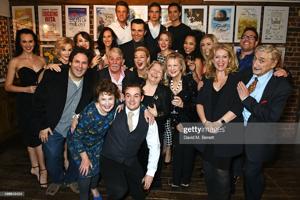Cast Of Funny Girl #19