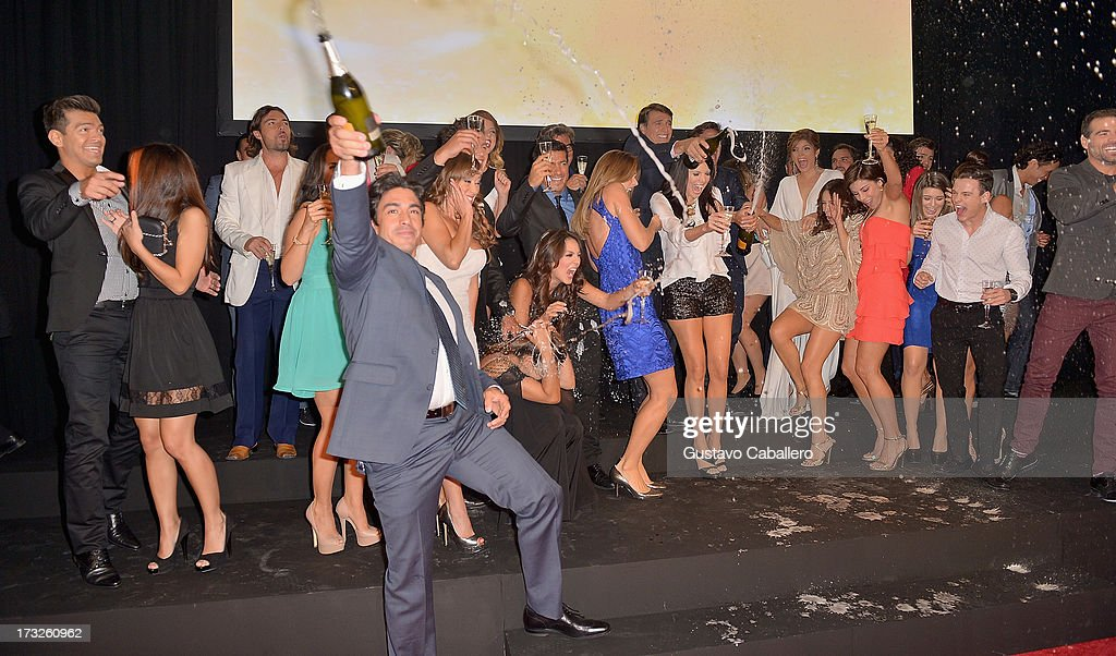 The cast of 'Marido En Alquiler' celebrates the premiere of the Telemundos 'Marido en Alquiler' Presentation on July 10, 2013 in Miami, Florida.