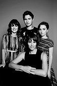 The cast of 'Men Women Children' Rosemarie DeWitt Jennifer Garner Ansel Elgort Kaitlyn Dever are photographed for Variety on September 6 2014 in...