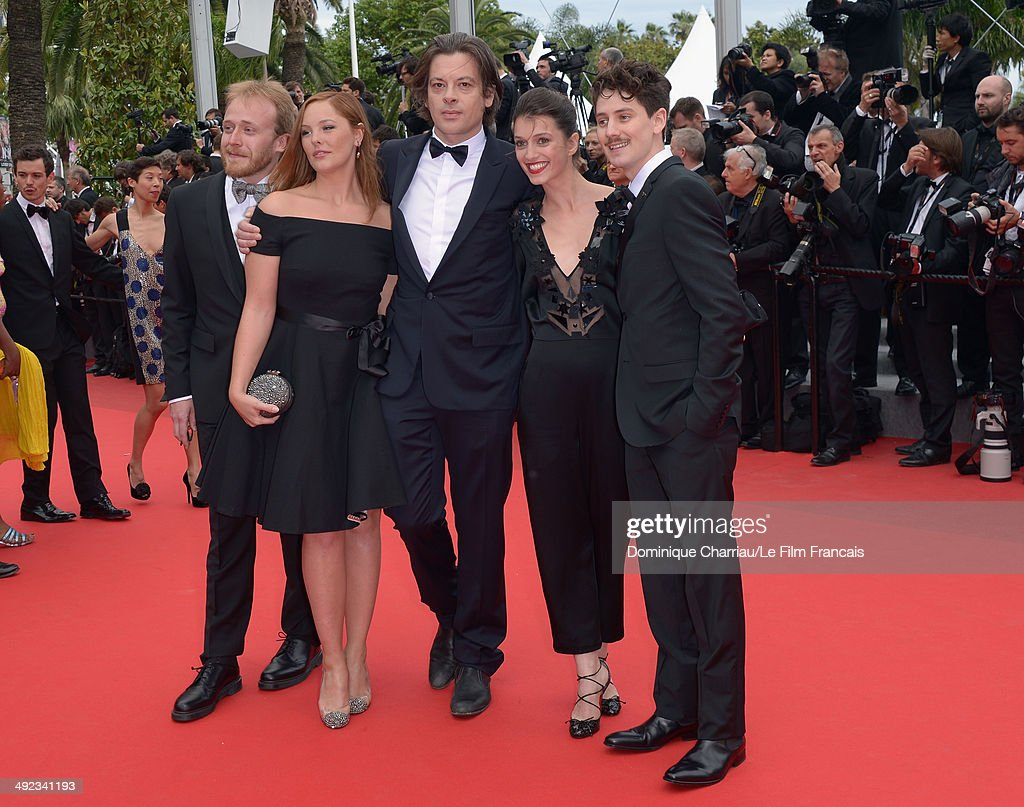 The cast of 'Office du Tourisme', (from L) French actor Leo Reynaud, actress Barbara Probst, singer-songwriter <a gi-track='captionPersonalityLinkClicked' href=/galleries/search?phrase=Benjamin+Biolay&family=editorial&specificpeople=4451581 ng-click='$event.stopPropagation()'>Benjamin Biolay</a>, actress Elsa Canovas and actor Benoit Hamon attend attends the 'Foxcatcher' Premiere at the 67th Annual Cannes Film Festival on May 19, 2014 in Cannes, France.