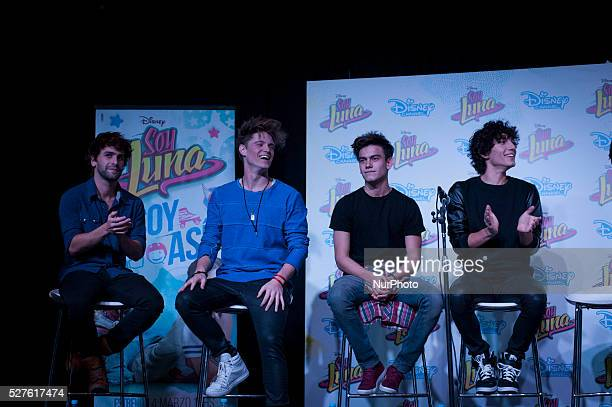 The cast of quotSoy Lunaquot gave a press conference at the Book Fair on May 2 2016 in Buenos Aires Argentina quotSoy Lunaquot is a television novel...