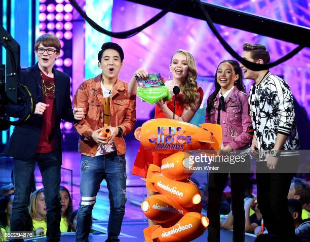 The cast of School of Rock speak onstage at Nickelodeon's 2017 Kids' Choice Awards at USC Galen Center on March 11 2017 in Los Angeles California