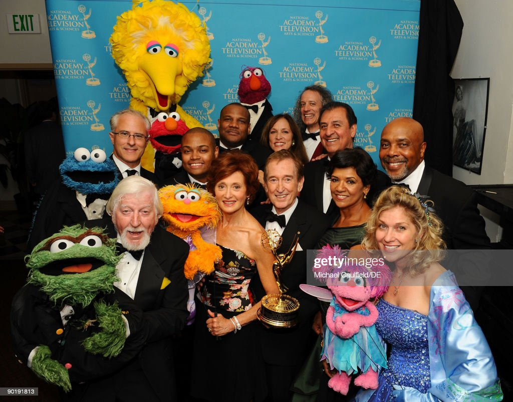 The cast of 'Sesame Street', winners of the Emmy for Lifetime Achievement Award, pose for a portrait at the 36th Annual Daytime Emmy Awards at The Orpheum Theatre on August 30, 2009 in Los Angeles, California.